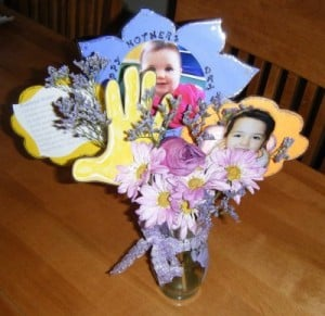 Homemade Mother's Day Gift Flower Photo Bouquet