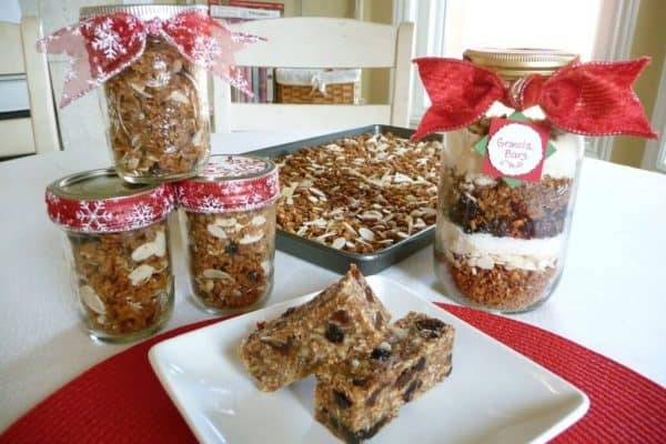 Granola Gifts in a Jar