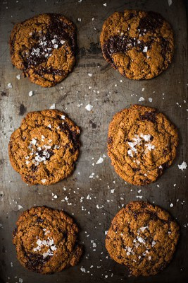 Chewy Dark Chocolate Chunk Cookies