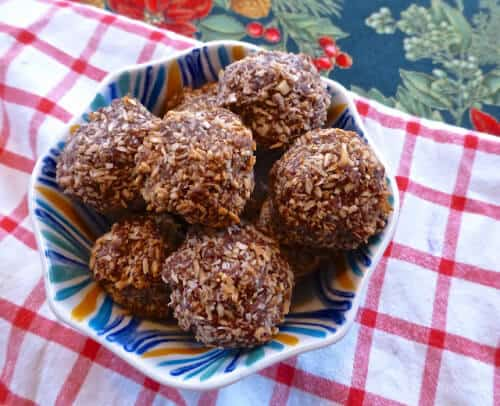Toasted Chocolate and Coconut Macaroons