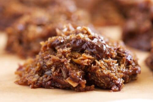 Chocolate-Chunk Salted Caramel No-Bake Cookies