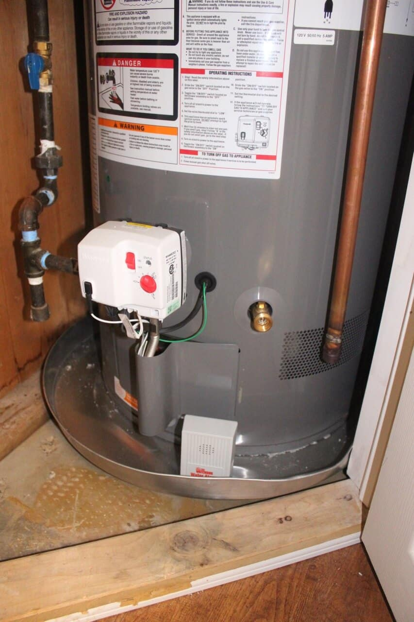 Here's the alarm sitting in the pan of our new water heater. The water heater will be hooked up to a hose, but I want to know if something happens regardless.