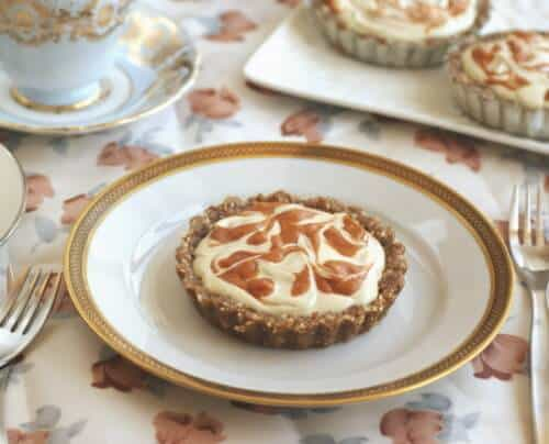 No-Bake Apricot Cheesecake Pies