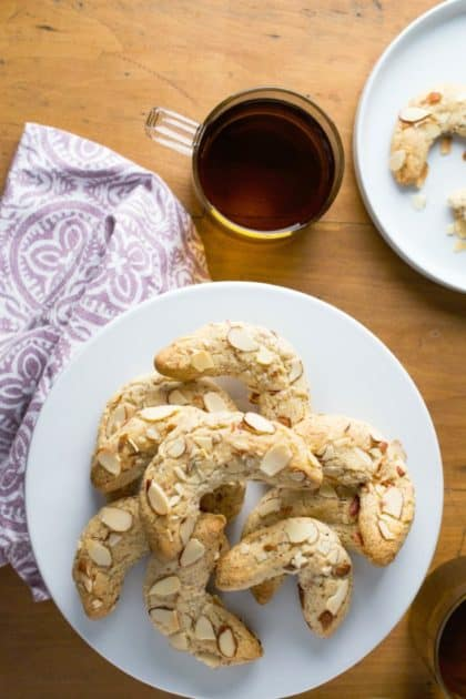 Almond Crescent Cookies - grain free & sugar free with a dairy-free & low-carb, keto option.