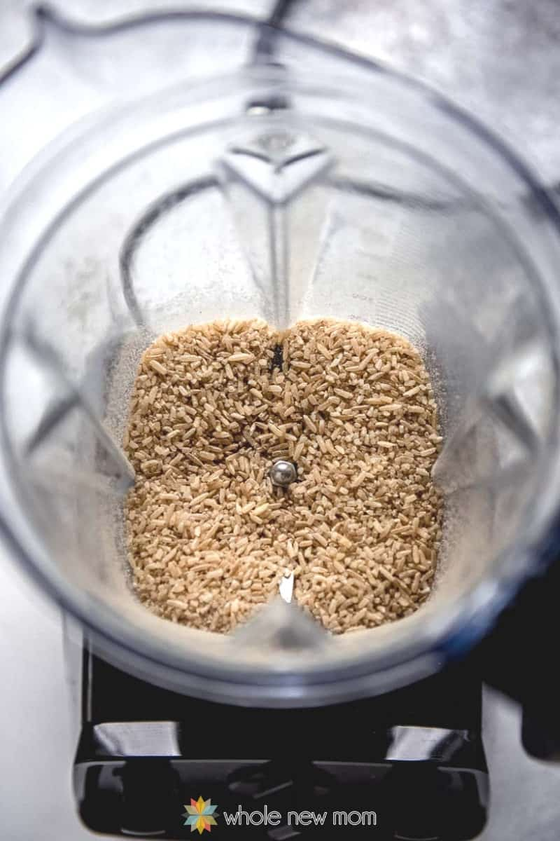 grinding brown rice in blender for cream of rice