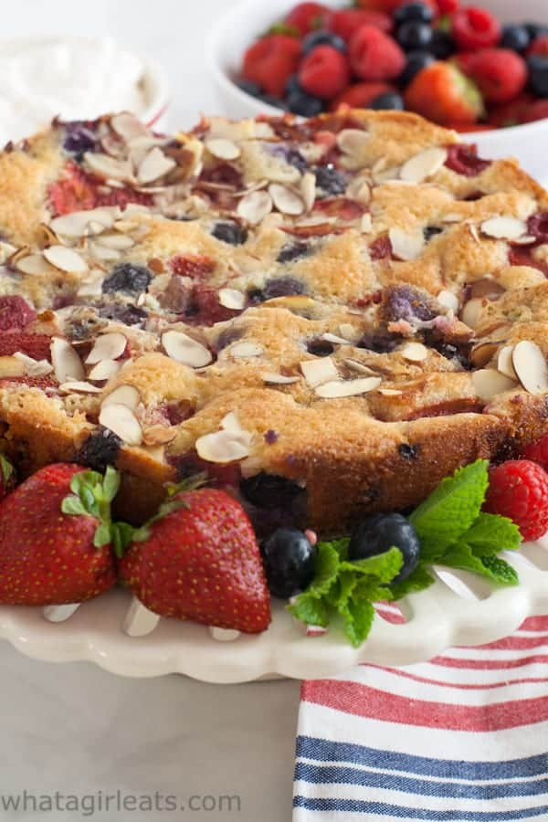 Grain-Free Fresh Berry Cake