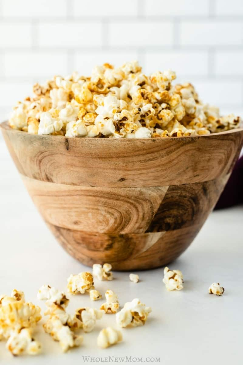 kettle corn in wooden bowl