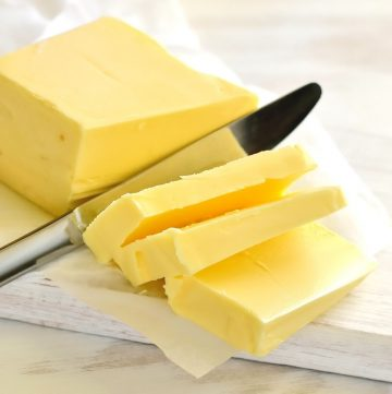 knife slicing butter