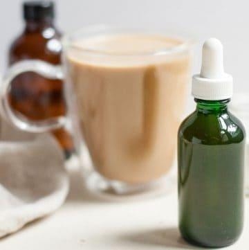 stevia drops in a green bottle