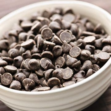 bowl of mint chocolate chips